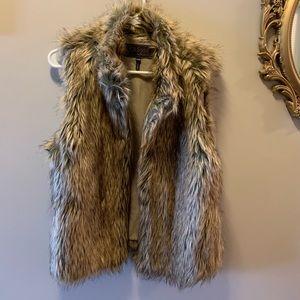 Ci Sono Faux Fur vest